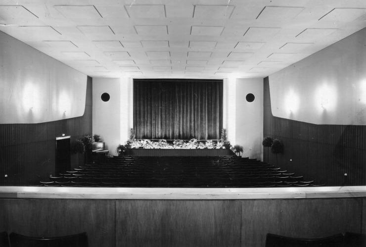 033_1960_deli_theater_kino_740.jpg